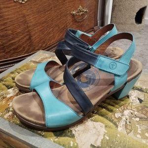 Wanda Panda Terra Combi Sandals